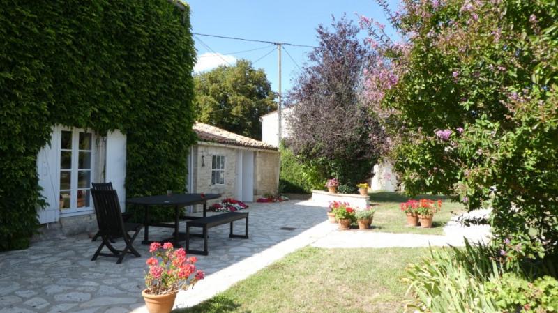 Vente de prestige maison / villa Saint medard d aunis 525000€ - Photo 1