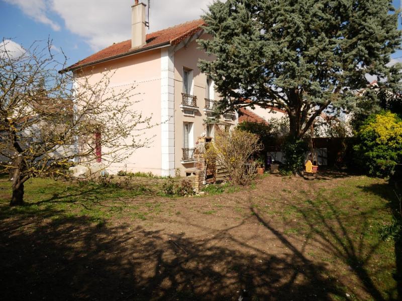 maison CARRIERES SOUS POISSY - 6 pièce(s) - 10 m2