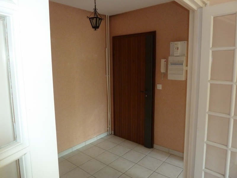 Rental apartment Andresy 852€ CC - Picture 2