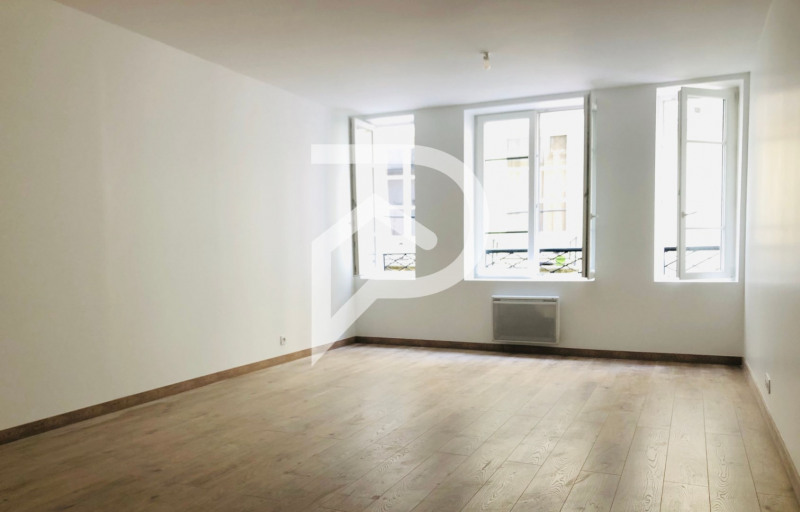 Sale apartment Paris 3ème 735 000€ - Picture 1
