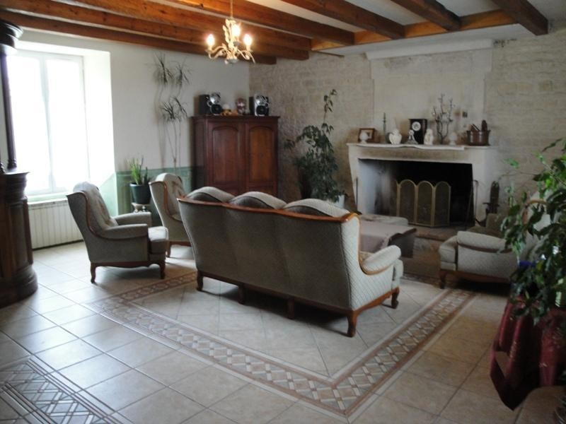 Sale house / villa Prisse la charriere 343 000€ - Picture 7