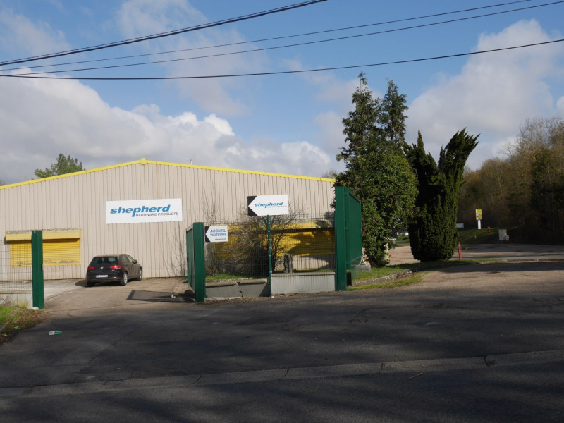 Vente local commercial Maule 980000€ - Photo 1