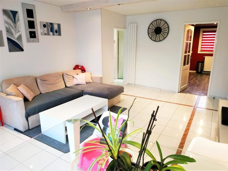 Sale apartment Maurepas 218000€ - Picture 2