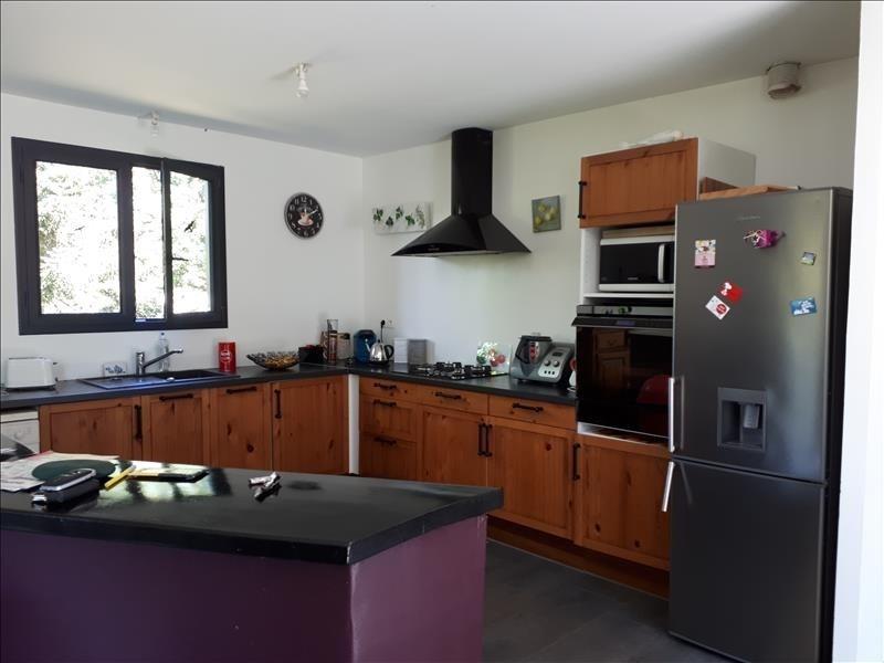 Sale house / villa La villeneuve-au-chene 215000€ - Picture 8