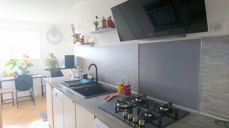 Sale apartment Ambilly 392 000€ - Picture 2