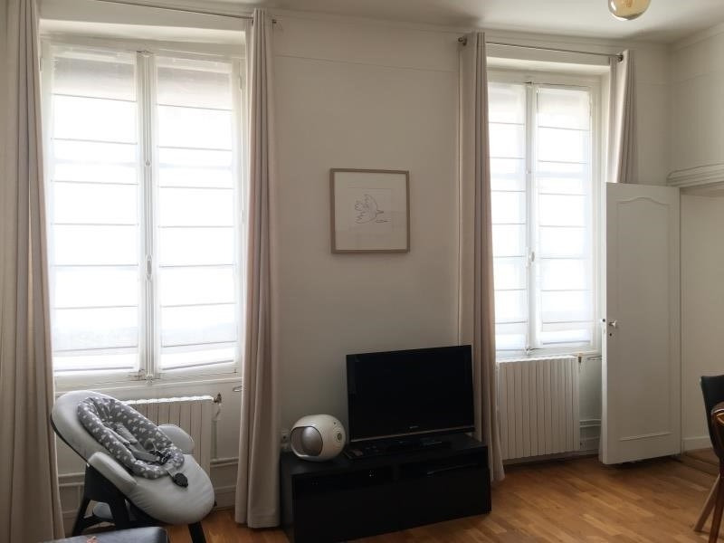 Sale apartment Versailles 450 000€ - Picture 1