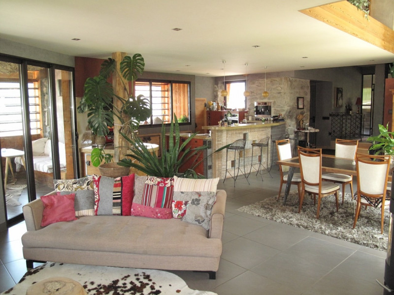 Deluxe sale house / villa Annecy 625 000€ - Picture 1