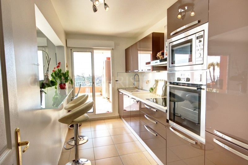 Vente de prestige appartement Mandelieu 585000€ - Photo 5