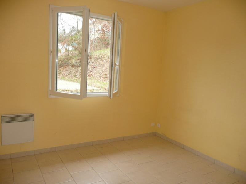 Rental house / villa Terrasson lavilledieu 440€ CC - Picture 8