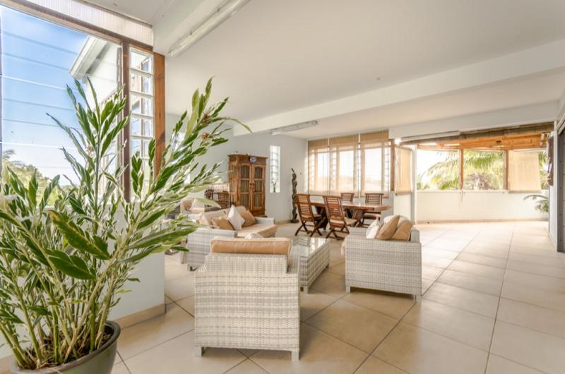 Deluxe sale house / villa Saint pierre 655000€ - Picture 2