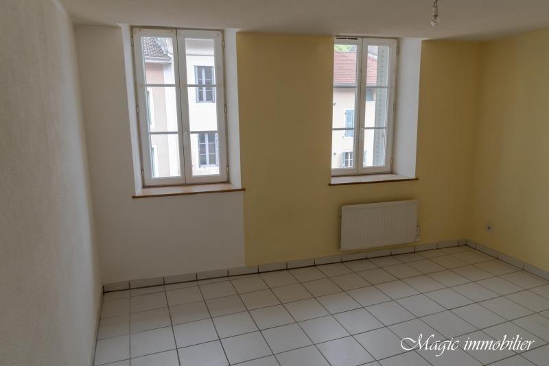 Location appartement Nantua 438€ CC - Photo 4
