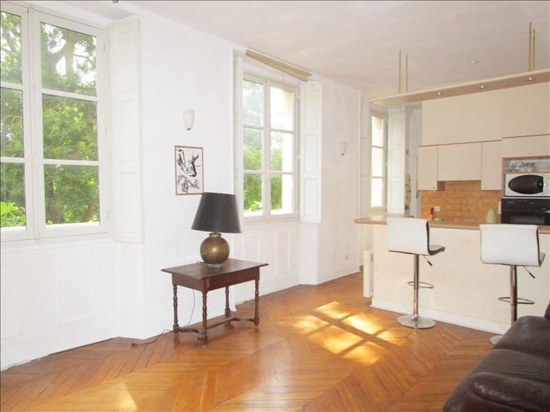 Vente appartement Versailles 377000€ - Photo 2