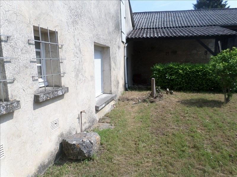 Vente maison / villa Civaux 159000€ - Photo 8