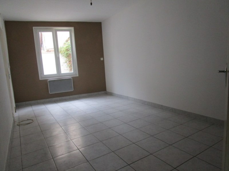 Location maison / villa Carcassonne 460€ CC - Photo 3