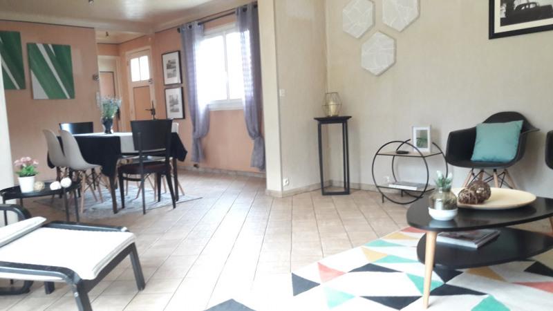 Sale house / villa Conflans ste honorine 394900€ - Picture 2