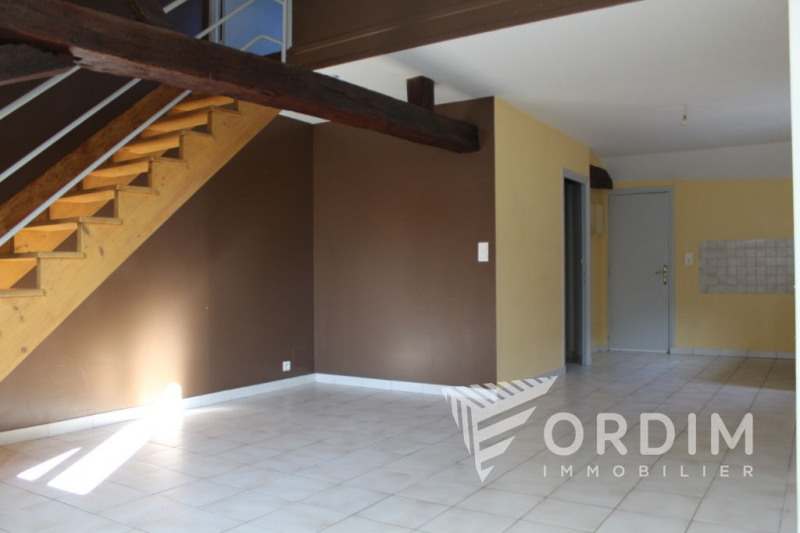 Sale apartment Auxerre 66300€ - Picture 1