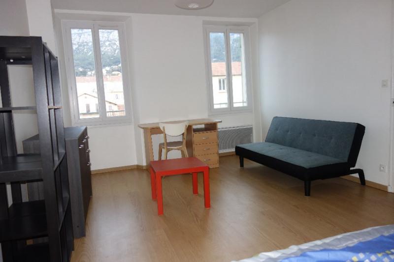 Locação apartamento Toulon 460€ CC - Fotografia 1