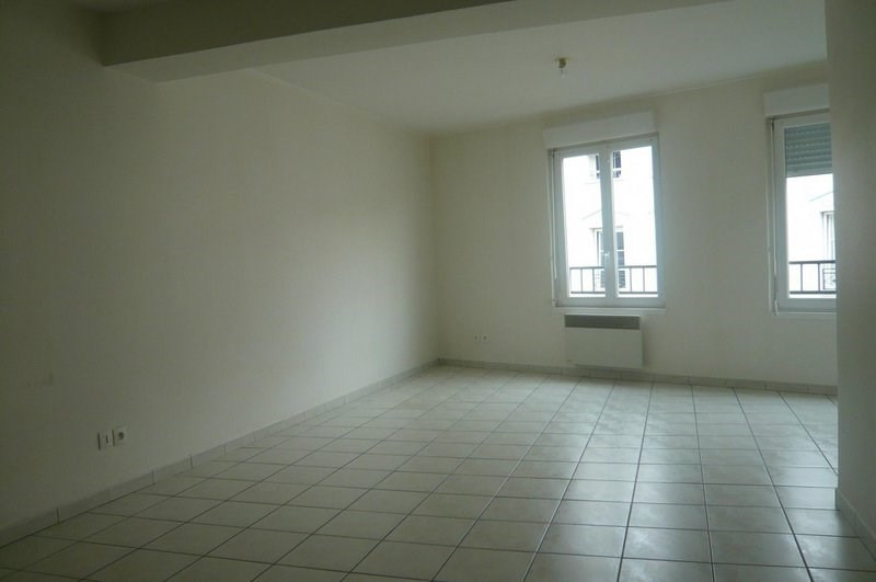 Location appartement Châlons-en-champagne 470€ CC - Photo 2