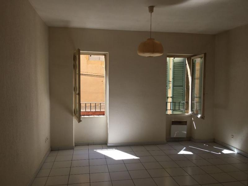 Rental apartment Salon de provence 398€ CC - Picture 2