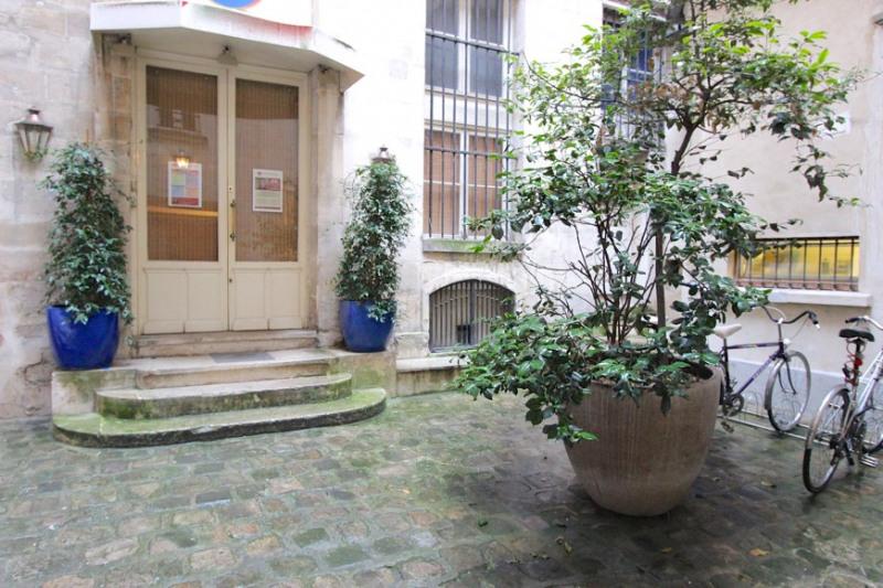 Vente appartement Paris 4ème 298000€ - Photo 9