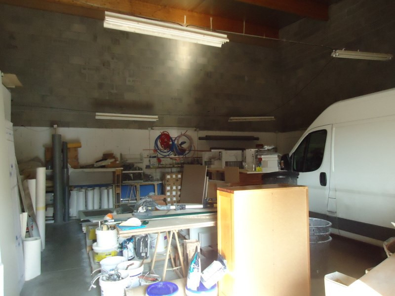 Location local commercial Saint romain de jalionas 800€ CC - Photo 3
