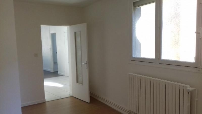 Location appartement Laval 388€ CC - Photo 5
