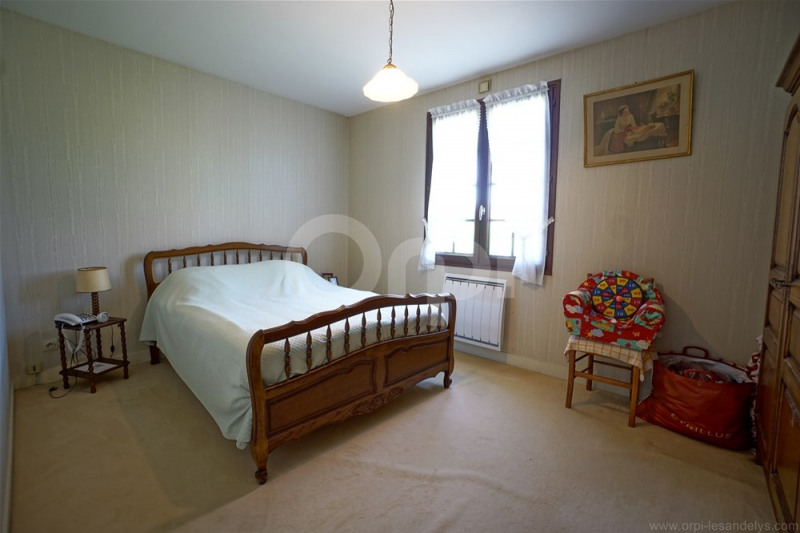 Sale house / villa Saint clair sur epte 169000€ - Picture 4