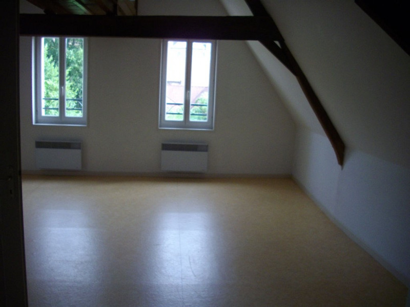 Location appartement Aire sur la lys 455€ CC - Photo 2