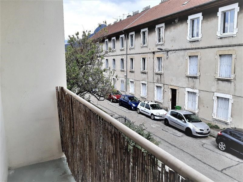 Location appartement Grenoble 585€ CC - Photo 9