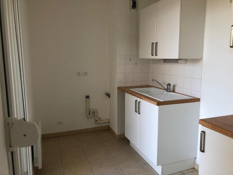 Location appartement St nazaire 519€ CC - Photo 3