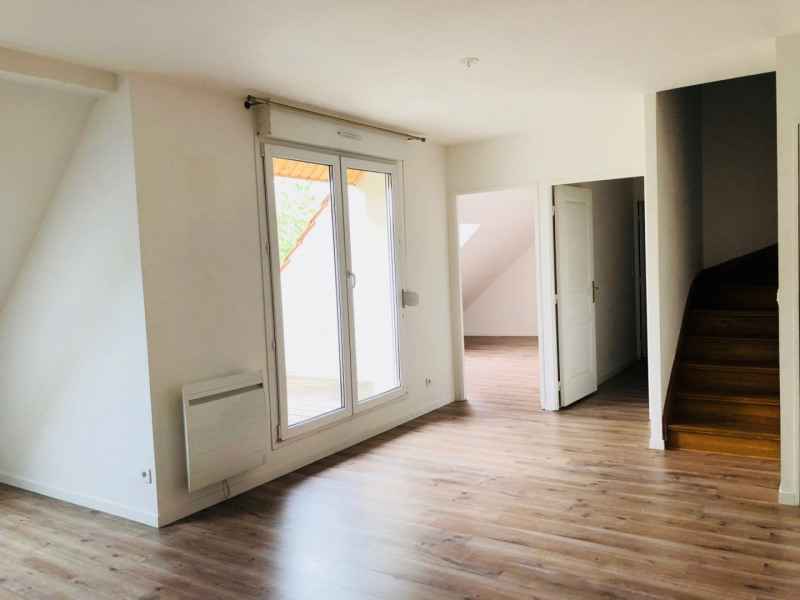 Rental apartment Arpajon 1070€ CC - Picture 3