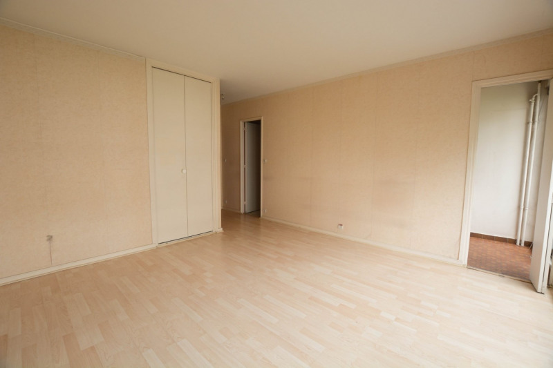 Vente appartement Courbevoie 210000€ - Photo 2