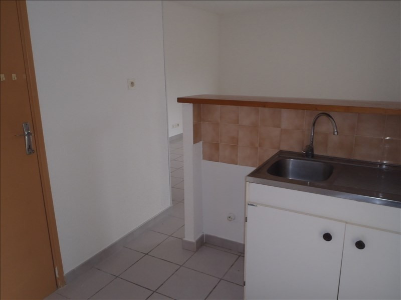Location appartement 26200 601€ CC - Photo 2