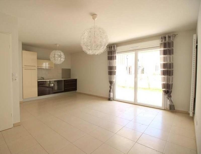 Rental apartment St jean de vedas 990€ CC - Picture 1