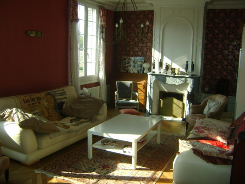 Sale house / villa Chateau renault 384 500€ - Picture 4