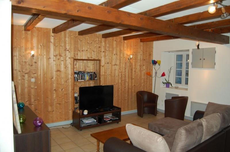 Rental house / villa Nieul sur mer 614€ CC - Picture 2