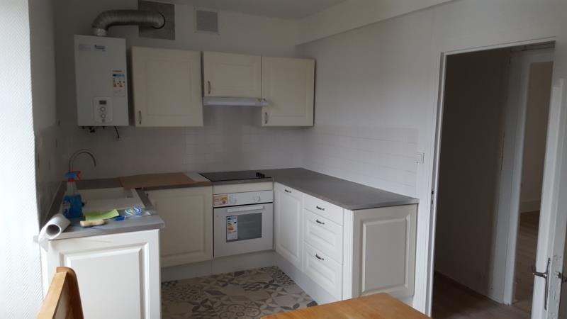 Rental apartment Quimperle 570€ CC - Picture 2