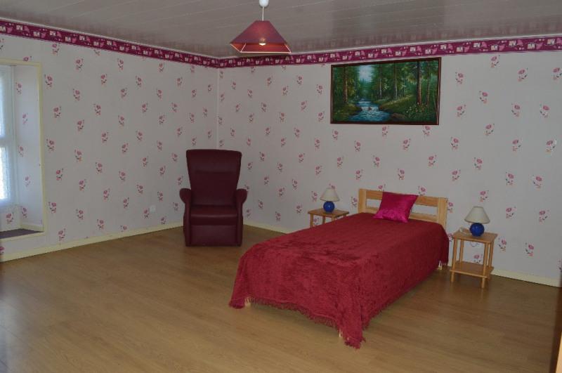 Sale house / villa Saucede 185000€ - Picture 4