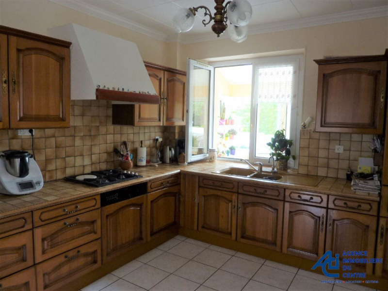 Sale house / villa Plumeliau 228000€ - Picture 5