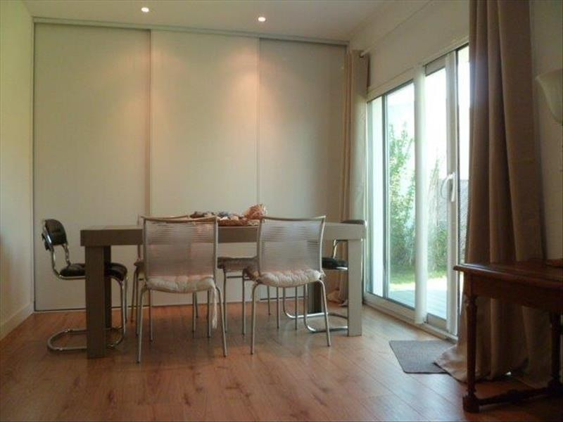 Vente maison / villa Le chateau d oleron 299440€ - Photo 7