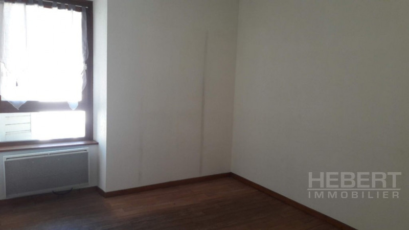 Location appartement Sallanches 550€ CC - Photo 4