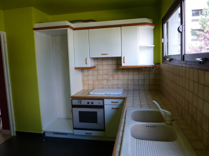 Rental apartment Les ulis 913€ CC - Picture 6