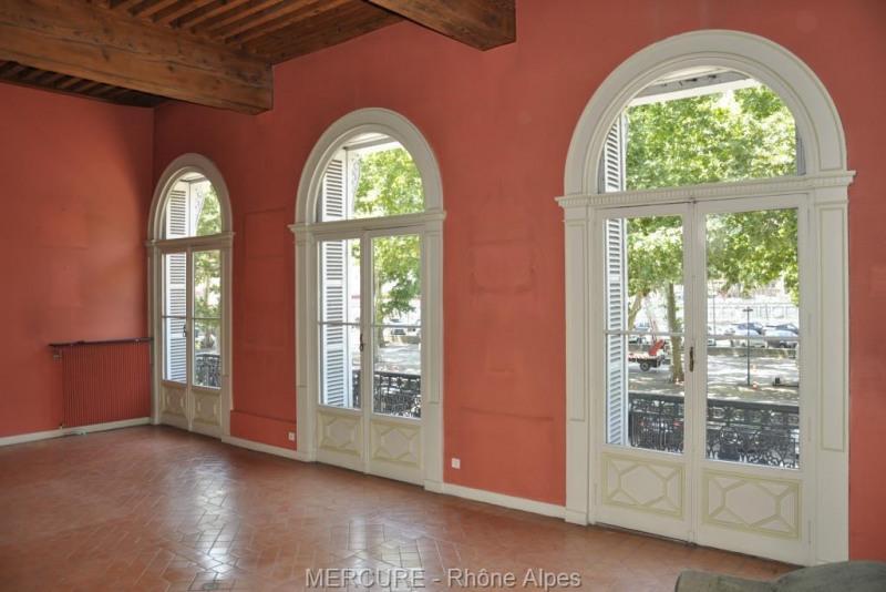 Deluxe sale apartment Lyon 2ème 795000€ - Picture 2