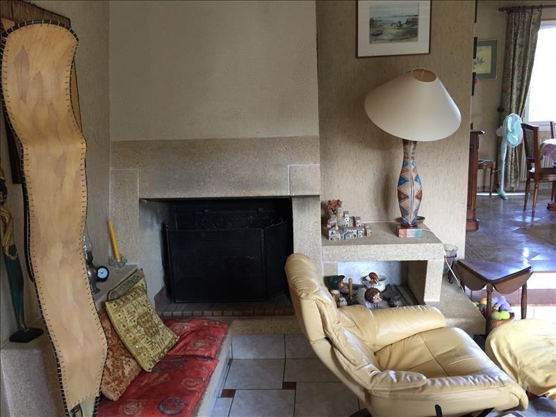 Sale house / villa Fontaine le comte 254000€ - Picture 5