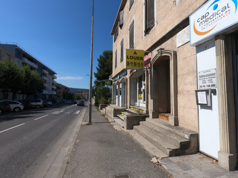 Sale empty room/storage Aubagne 275000€ - Picture 1