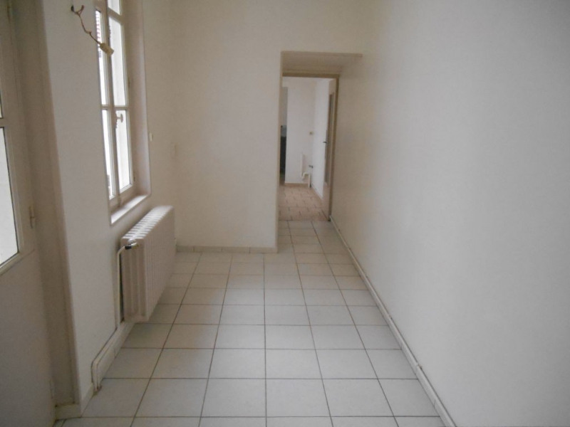 Location maison / villa Saint quentin 668€ CC - Photo 7