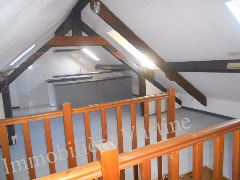 Rental apartment Chamant 550€ CC - Picture 3