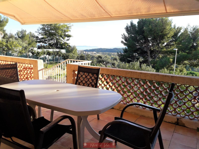 Vente maison / villa Bormes les mimosas 550000€ - Photo 5