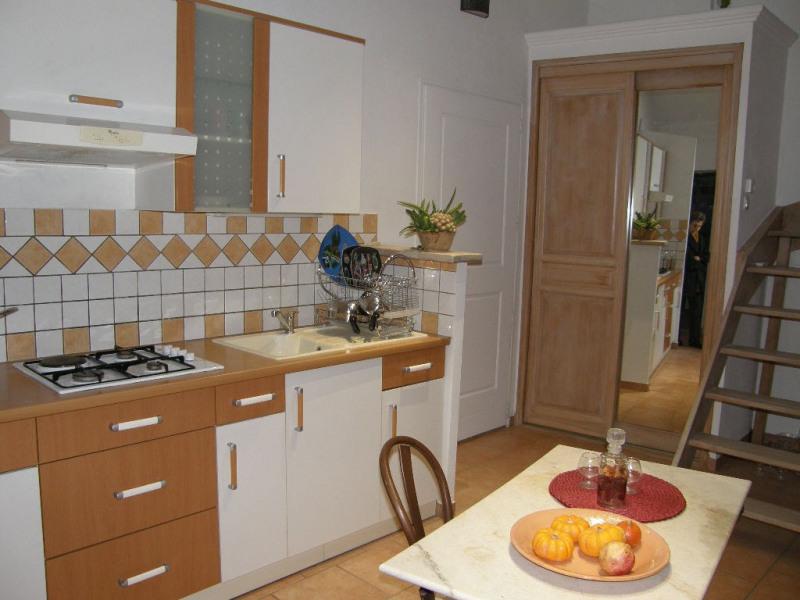 Alquiler  apartamento Lambesc 750€ CC - Fotografía 2