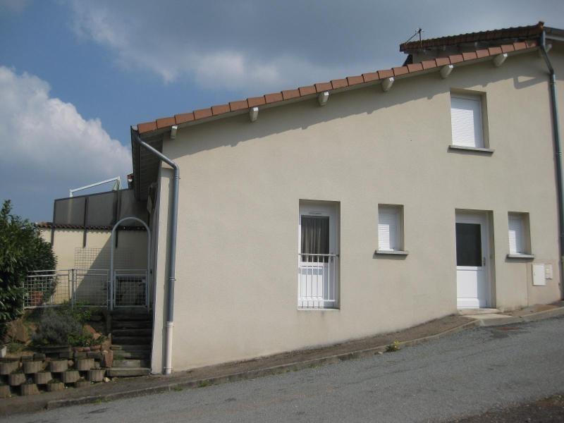 Location maison / villa St victor sur rhins 458€ CC - Photo 5
